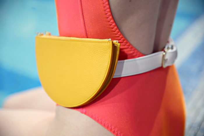 close up pochette ceinture luna jaune